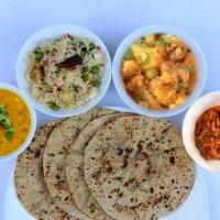 Green Chapati, Gobi Matar