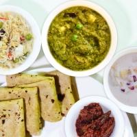 Plain Chapati, Methi Matar Malai